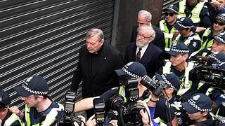 Verhandlung um Papst-Vertrauten nach fünf Minuten vertagt