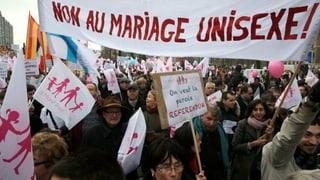Homo-Ehe bringt in Paris hunderttausende Gegner auf die Strasse