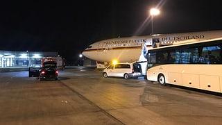 Merkels Flugzeug muss zwischenlanden