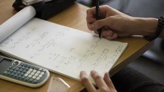 Be 3 da 5 adempleschan las pretensiuns matematicas