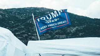 Wie kommt eine Trump-Flagge ans Openair Gampel?