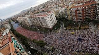 Katalanen-Märsche für Unabhängigkeit