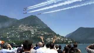 Patrouille Suisse darf weiter an zivilen Anlässen fliegen
