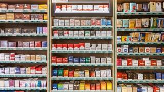 Schweizer Haushalte geben 0,6 Prozent ihres Budgets für Tabak aus – wird behauptet. In Wahrheit sind es aber 1,8 Prozent, wie die Zollstatistik zeigt.