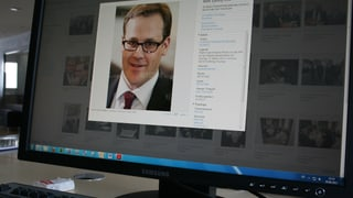 Schwyzer Regierung hält an Datenschützer fest