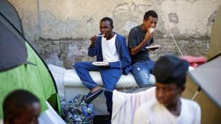 Italiens Rechte nutzt das Attentat in Macerata, um Stimmung gegen Migranten zu machen, sagt SRF-Korrespondent Franco Battel.