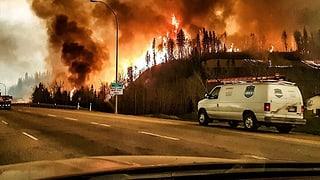 Vom Feuer eingekesselt: Rettungsaktion in Kanada