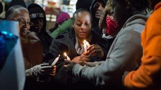 Proteste nach Todesschüssen auf schwarzen Jugendlichen