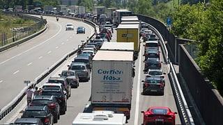 Für Autoreisende ist der Gotthard einmal mehr eine Geduldsprobe