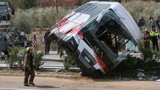 EDA bestätigt: Schweizer Studentin bei Busunfall verletzt