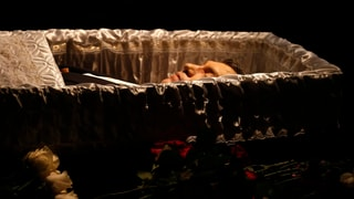 Kreml-Kritiker Nemzow in Moskau beerdigt