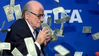 Experten sehen Blatters Abgang als Chance