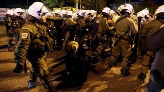 Griechenland: Polizei stürmt Fernsehgebäude
