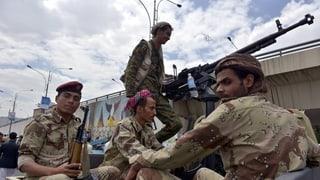 Koordinierte Angriffe in Jemen fordern Dutzende Tote