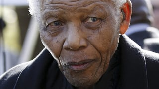 Südafrika bangt um Freiheitshelden Mandela