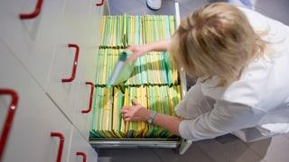 Im Aargau sollen papierige Patientendossiers bald verschwinden