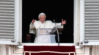 Jubel für den scheidenden Papst