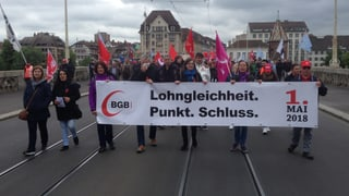 Basler 1.-Mai-Demo im Zeichen von Lohngleichheit und Sans Papiers