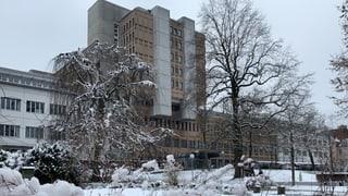 Kantonsspital Aarau: Mehr Effizienz und bessere Führung gefordert
