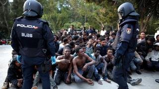 500 Flüchtlinge stürmen spanische Exklave Ceuta in Marokko