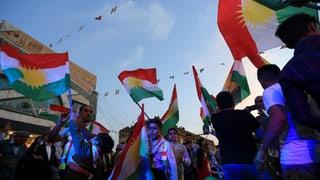 Laut Angaben der Wahlkommission stimmt eine überwältigende Mehrheit der Kurden im Nordirak für die Unabhängigkeit. Bagdad ist nicht erfreut.