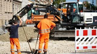 Il pensiunament anticipà per lavurers da construcziun è periclità