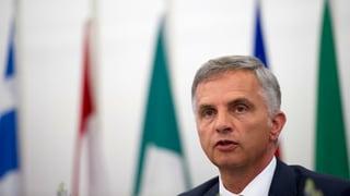 Burkhalter: Überzeugungsarbeit bei der EU für Friedensfahrplan