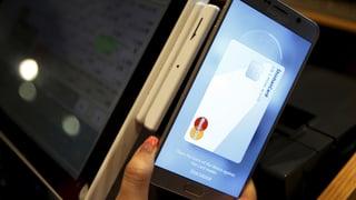 Konsumentenschutz klagt gegen Apple Pay