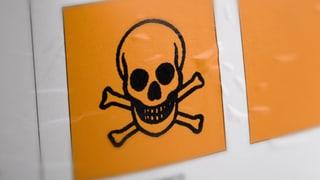 Chemieunfall: Lösungsmittel in Firma ausgelaufen
