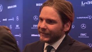 Lack- statt Turnschuh: Daniel Brühls umgekehrter Fashion-Fauxpas