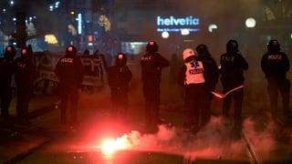 Ausschreitungen nach Demo gegen OSZE