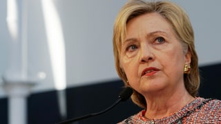 Affera e-mail: FBI interroghescha Clinton