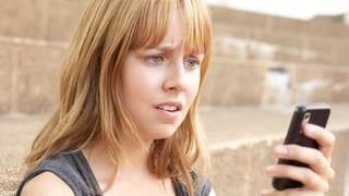Video «Werbeanrufe aufs Handy: Apps liefern Callcentern unbemerkt Daten» abspielen