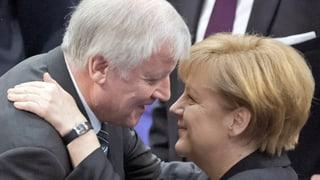 Flüchtlingskrise: Merkel und Seehofer entschärfen Streit