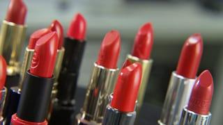 Lippenstifte im Test: Viele enthalten bedenkliche Mineralöle