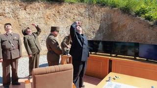 Kim Jong-Un versucht, die USA einzuschüchtern: «Wir können Ziele in den ganzen USA treffen». Donald Trump bezeichnete das Vorgehen als gefährlich.