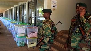 Kenia wartet auf das Wahlergebnis