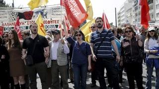 Kampf gegen Rentenkürzung: Generalstreik in Griechenland