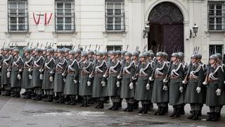 Österreicher wollen keine Berufsarmee