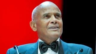 Video «Harry Belafonte - Sing Your Song» abspielen