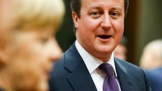 Cameron und Merkel setzen Sparkurs durch