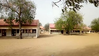 Nigerianische Soldaten sollen entführte Mädchen befreien