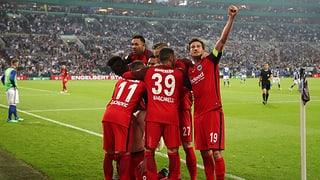 Frankfurt schaltet Schalke aus