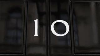 Anc 10 dis: Avant l'elecziun en GB van May e Corbyn en posiziun
