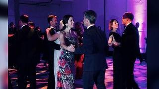 Dänisches Kronprinzenpaar schwingt das Tanzbein