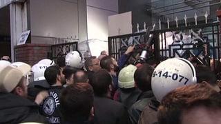 Türkische Polizei stellt regierungskritische TV-Sender ab
