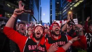 Die Saurier bringen Toronto zum Beben