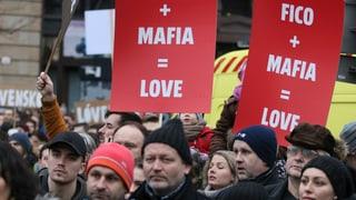 Zehntausende Slowaken demonstrieren gegen Regierung