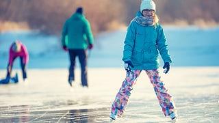 «Unfall beim Schlittschuhlaufen: Wer haftet?» (Artikel enthält Audio)