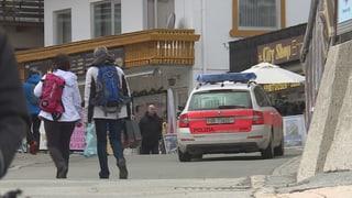 Polizia arresta quatter persunas a Samignun